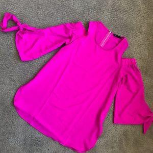 GIBSON Cold Shoulder Hot Pink blouse.